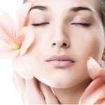 Уход за кожей лица в любом возрасте уместен