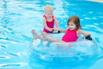 Теперь ваш ребенок готов к купальному сезону за счет покупки плавательного круга