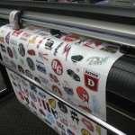 Печать наклеек на плёнке – экономичный и эффективный вид наружной рекламы