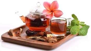 4 горячих напитка для очистки кишечника