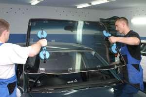 Пробуем заменить стекло в автомобиле по рекомендациям специалистов