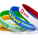 Силиконовые браслеты на руку – универсальные и практичные аксессуары