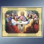Иконы под старину и другие атрибуты веры