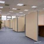 Преимущества использования офисных перегородок из разных материалов