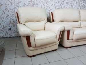 Кожаная мебель бу в широком ассортименте предлагается на страницах лучшего сайта
