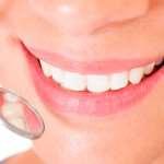 Преимущества и отличия протезирования и имплантации зубов
