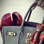 Что женская сумочка может сказать о своей обладательнице