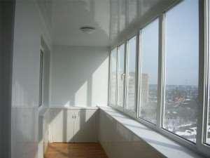 «ОКС Строймонтаж» - остекление балконов пластиковыми окнами Рехау