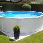 Какой бассейн выбрать: каркасный или надувной