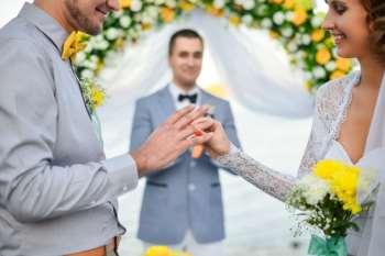 Где искать хорошего ведущего на свадьбу