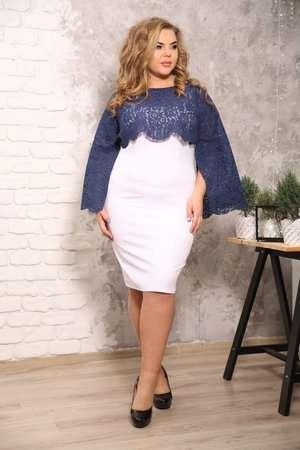 Долгожданное удовольствие для женщин - нарядные платья больших размеров