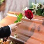 Организация похорон: обращаться ли к профессионалам?